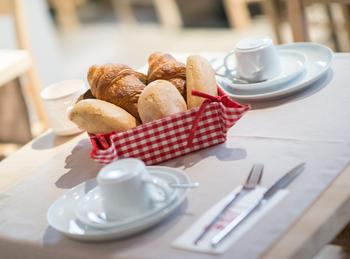 Hotel Adornes -Petit-déjeuner